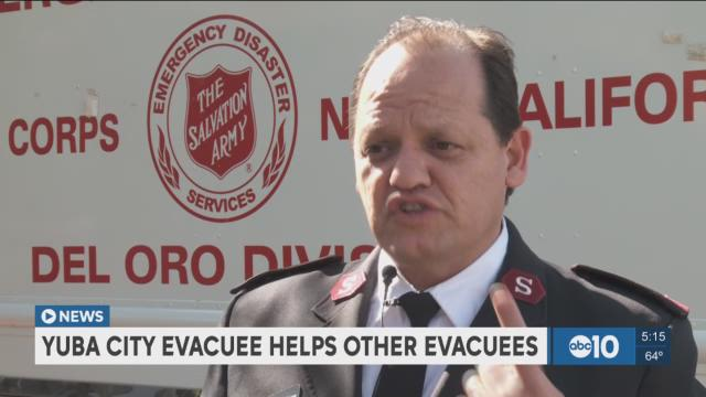 Evacuee helps fellow evacuees in Roseville