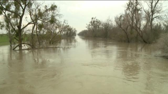 Residents in Meridian concerned over river level
