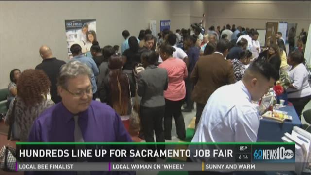 Hundreds line up for Sacramento job fair