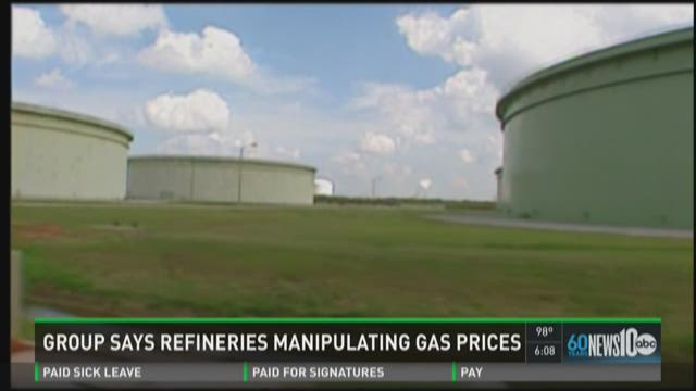 Group says oil refineries manipulating gas prices