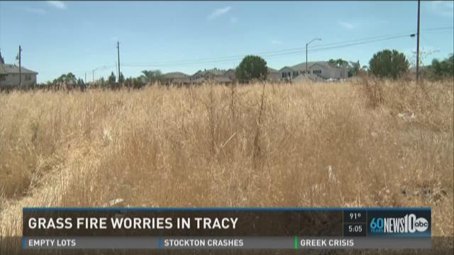 Grass fire worries in Tracy