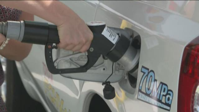 'Fuel Cell' cars use hydrogen power